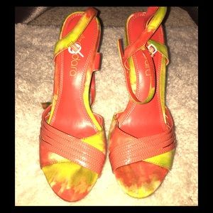 Shoes - Colorful heels size 9